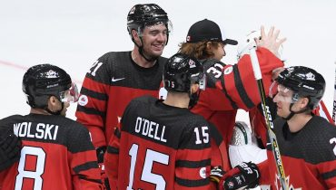 Сборная Канады обыграла южнокорейских хоккеистов в стартовом матче Кубка Первого канала