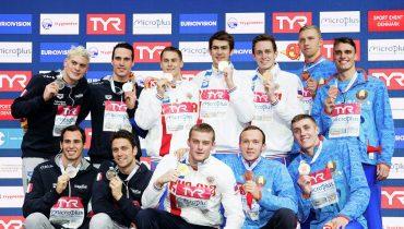 Российские пловцы установили мировой рекорд в комбинированной эстафете