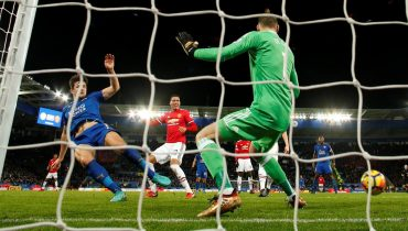 «Лестер Сити» вдесятером вырвал ничью у «Манчестер Юнайтед» за счет гола на 94-й минуте