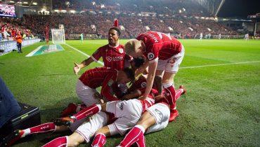 «Манчестер Юнайтед» выбыл из Кубка лиги, пропустив от клуба Чемпионшипа на 93-й минуте