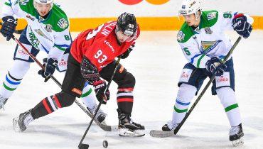 Гол Антона Бурдасова принёс победу «Салавату Юлаеву» в матче с «Авангардом»