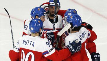 Три шайбы Ружечки принесли Чехии победу над финнами