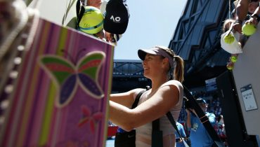 Мария Шарапова пробилась во второй раунд Открытого чемпионата Австралии