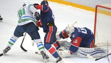 Два гола Сергея Костицына не спасли «Торпедо» в игре против «Салавата Юлаева»
