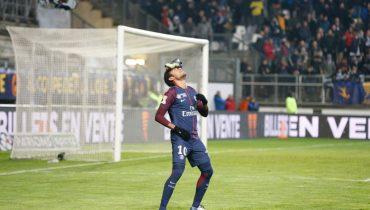 ПСЖ пробился в 1/2 финала Кубка французской лиги