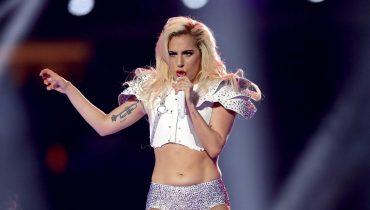 Леди Гага может стать исполнительницей официального гимна ЧМ–2018