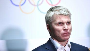 Министр спорта РФ обвинил в бескультурности высморкавшегося в пятитысячную купюру футболиста «Тосно»