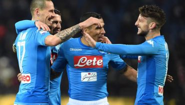 «Наполи» выиграл десятый матч подряд в Серии A