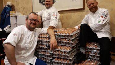 Повара олимпийской сборной Норвегии по ошибке купили 15 тысяч яиц