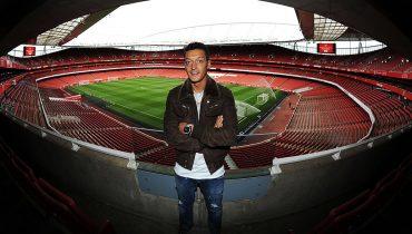 Месут Озил остается в «Арсенале»