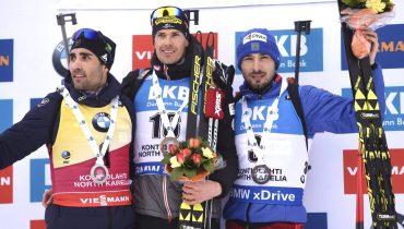 Антон Шипулин завоевал бронзу в масс-старте, несмотря на досадное падение недалеко от финиша