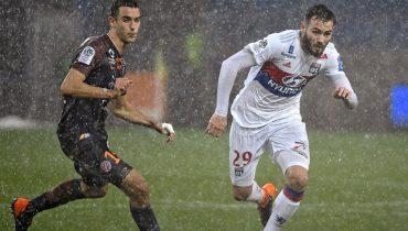 «Лион» вновь потерял очки в Лиге 1