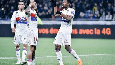 «Лион» выиграл третий матч подряд в чемпионате Франции