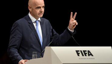 ФИФА предложили изменить формат ЧМ-2022 в Катаре. Инфантино обещал подумать
