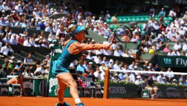 Халеп одолела Мугурусу и обеспечила себе лидерство в рейтинге WTA