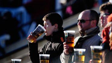 УЕФА снимает запрет на продажу алкоголя в еврокубках