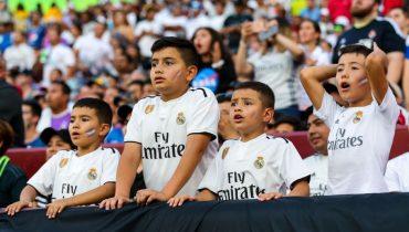 «Реал» выпустил в продажу футболки с фамилией главного героя FIFA 19