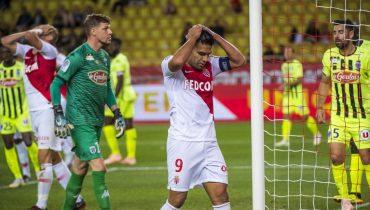 «Анже» жахнул «Монако» на его поле, Головин отыграл весь матч