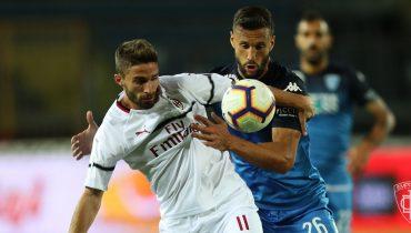 «Милан» в третий раз подряд сыграл вничью в Серии A