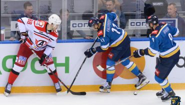 «Автомобилист» выиграл восьмой матч подряд в КХЛ