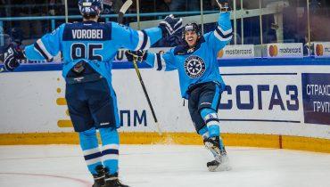 «Сибирь» впервые в этом сезоне сыграла на ноль и одолела «Металлург»