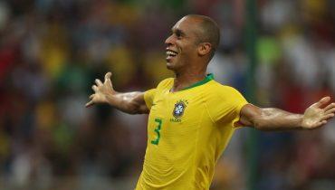 Бразильцы выиграли у аргентинцев в добавленное время