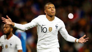 Французы не без везения вырвали ничью в матче против исландцев