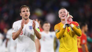 Пикфорд на тренировке сборной Англии безупречно исполнил «сухой лист»