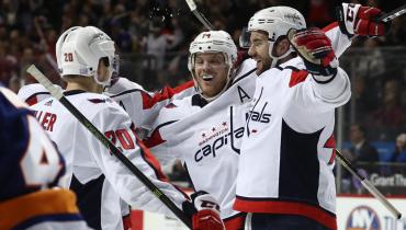 «Вашингтон» добыл шестую победу подряд. Овечкин вошёл в топ-15 лучших снайперов в истории НХЛ
