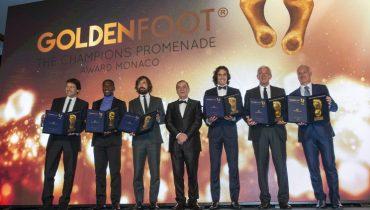 Кавани обошёл Месси и Роналду в борьбе за награду Golden Foot