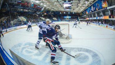 Московское «Динамо» в овертайме справилось с «Нефтехимиком»