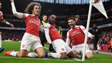 «Арсенал» сокрушил «Тоттенхэм» в лондонском дерби. «Канониры» не проигрывают в АПЛ уже 12 матчей подряд