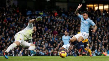 «Манчестер Сити» продолжил погоню за «Ливерпулем», расправившись с «Вулверхэмптоном»