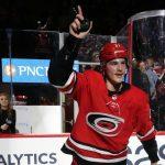 Достижения россиян в НХЛ: Свечников тащит «Каролину», Ничушкин не забивает уже 90 игр